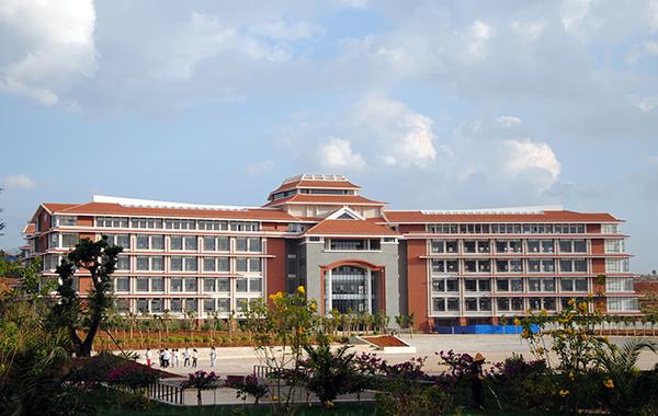云南民族大学 校园风光